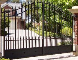 Residential gate repair services
